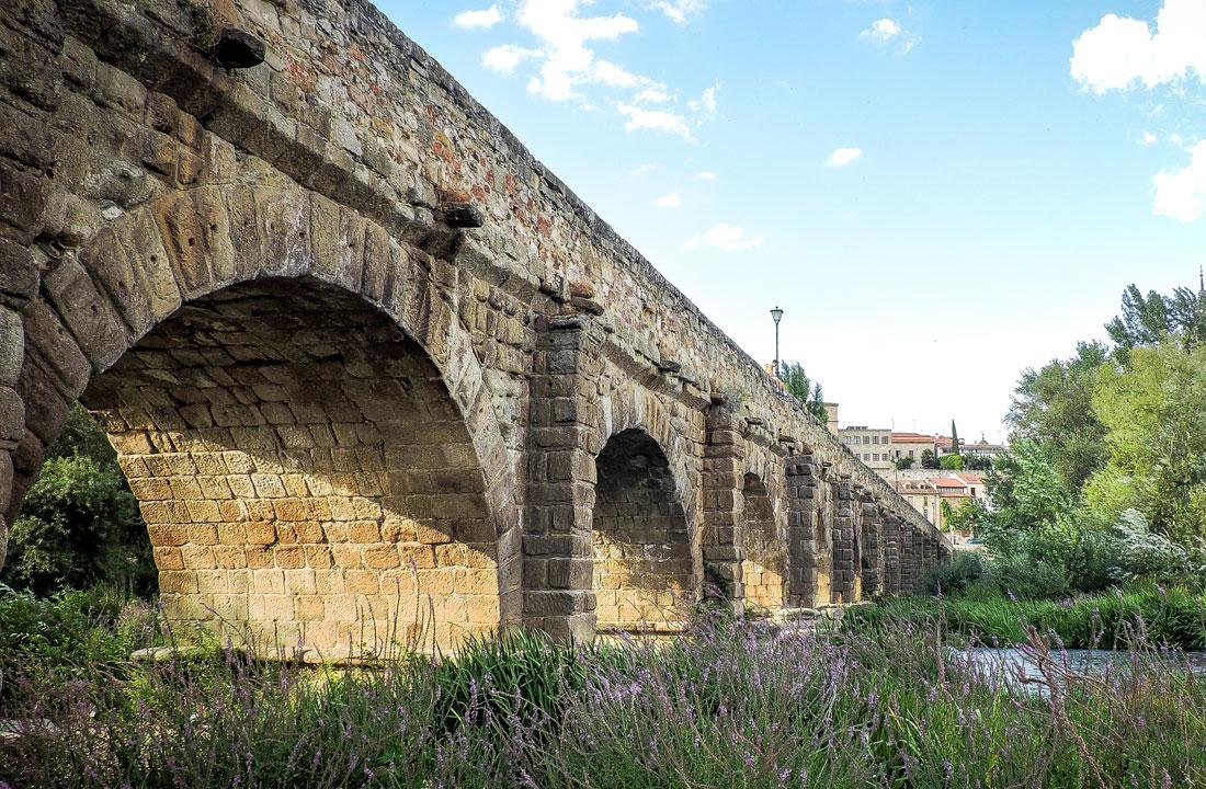 paseo-por-salamanca-puente-romano