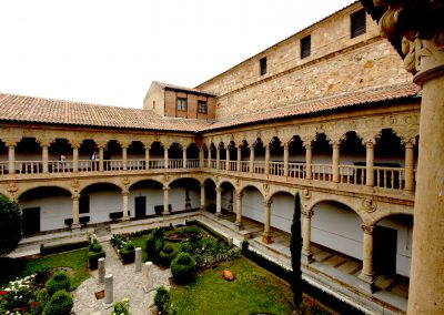 Patio interior Dueñas